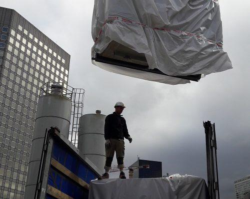 Pose module sanitaire de chantier